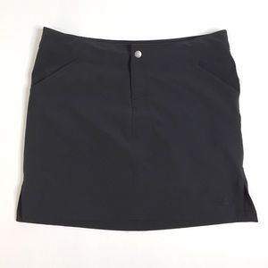 The North Face TNF Apex Hiking Black Skort